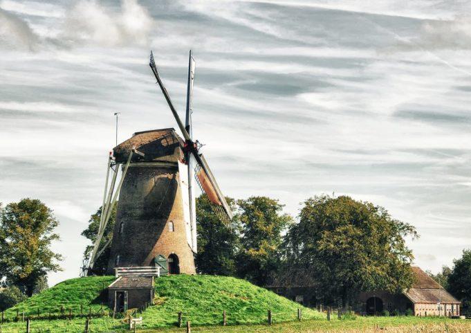 Windmill 'Bronkhorstermolen' in Bronkhorst (Gelderland)