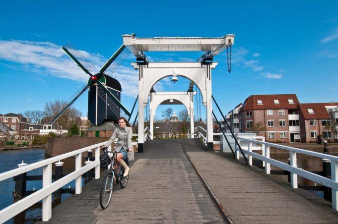 Windmill 'De Put' in Leiden (South Holland)