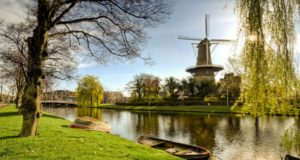 Windmill 'De Valk' in Leiden (South Holland)