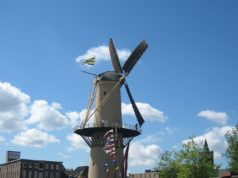Windmill 'The Camel' in Schiedam (South Holland)