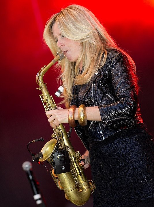 Dutch jazz saxophonist Candy Dulfer | Heavenly Holland