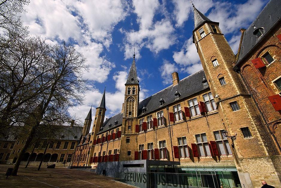 middelburg holland abbey nederland restaurants