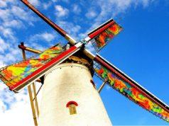 Windmill 'De Graanhalm' in Burgh-Haamstede (Zeeland)