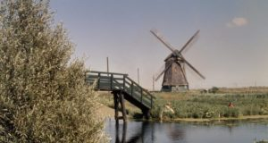 Windmill 'Twuyvermolen' in Sint Pancras (North Holland)