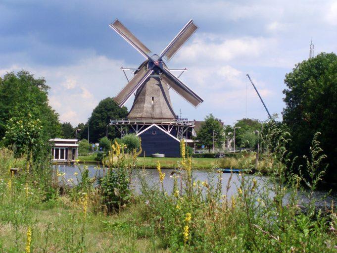 Windmill 'De Passiebloem' in Zwolle (Overijssel)