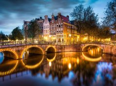 Did you know that there are more Amsterdams than just the Dutch capital? Other Amsterdams can be found in i.a. South Africa, Canada, New York, California, Pennsylvania, Texas, Missouri and Virginia.